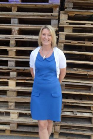 Lisa Rowlinson Director JBJ Pallets Ltd